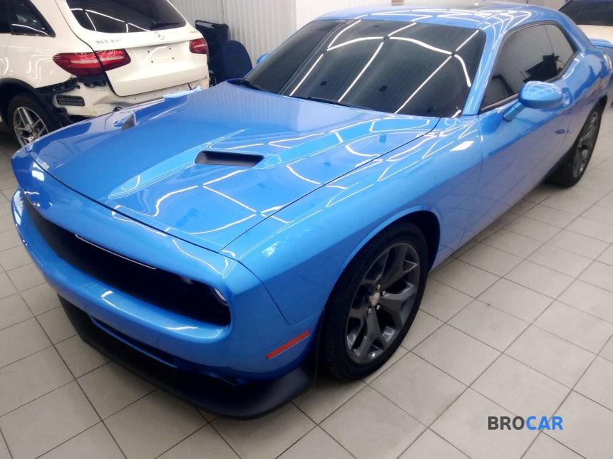 Dodge - Challenger,2013 9